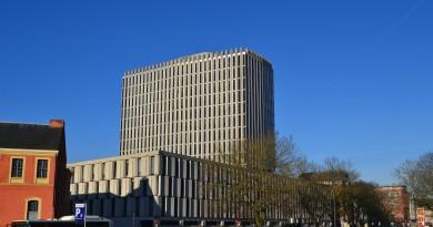 Oui ou non ? Faut-il détruire le Palais de Justice de Lille ?